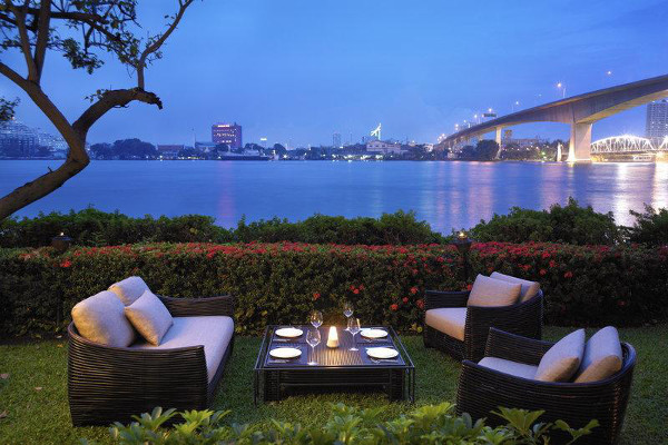 Anantara Bangkok Riverside Resort Spa - Dining
